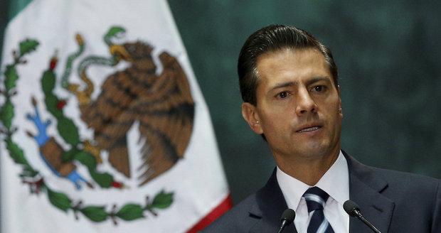 Další skandál mexického prezidenta: Opsal kus diplomové práce, tvrdí novináři