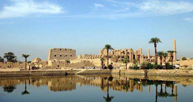 Chrámy v Karnaku