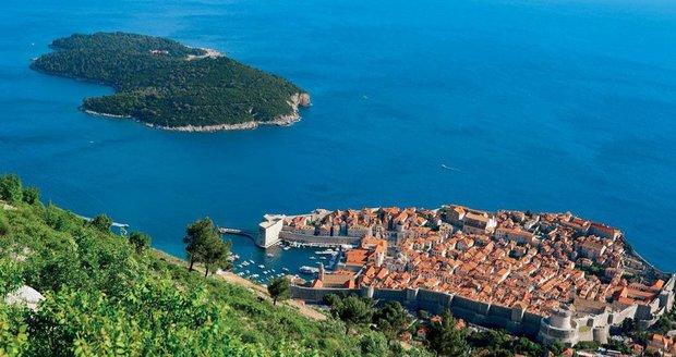 V Chorvatsku nesmí lidé do moře ani na pláž. Fekálie zaplavily Dubrovník
