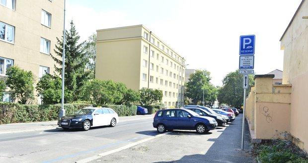 Přibudou parkovací zóny i v Praze 5, 6 a 8? (ilustrační foto)