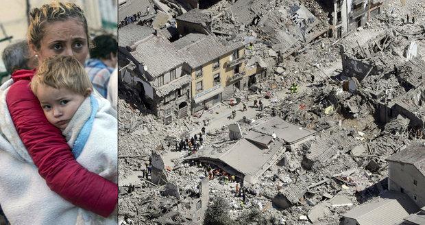 """Svědci italské apokalypsy: """"Slyšíme hlasy pod troskami. Naše město je pryč"""""""