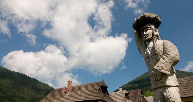 Kulturně chráněná osada Vlkolínec na Slovensku