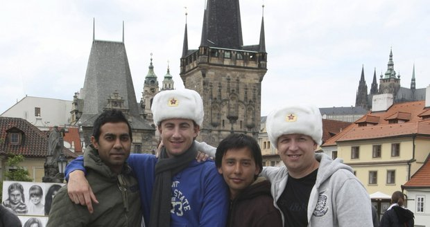 Příliv turistů do Česka zesílil. Přijelo víc Němců, Američanů, Číňanů i Rusů