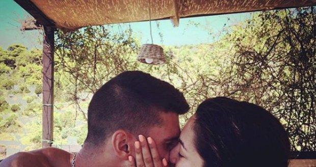 Daniela Christová se zasnoubila.
