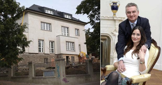 Kancléř Mynář už má hotovou přestavbu vily za miliony. Jakých 10 věcí změnil?