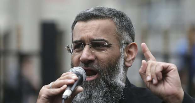 Muslimové můžou zůstat v klidu. Vláda zahraniční duchovní asi neomezí