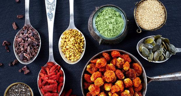 Pro superpotraviny nemusíte chodit jen za hranice, i u nás máme kvalitní.