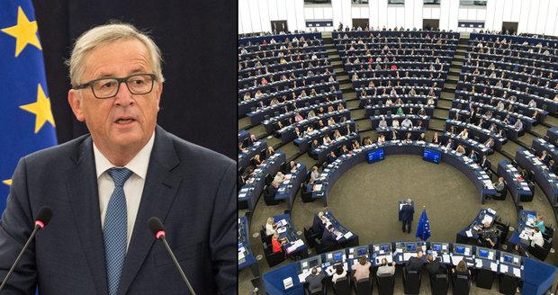 "Češi tepou Junckera za projev. ""Nudný a zastaralý,"" hřímá ODS. Telička tleská"