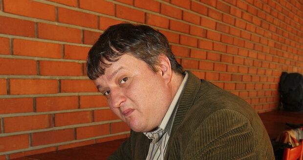 Zlý bankéř Tomáš Jeřábek.