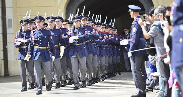 Velitel Hradní stráže Prskavec nevydržel ani rok, odvolali ho