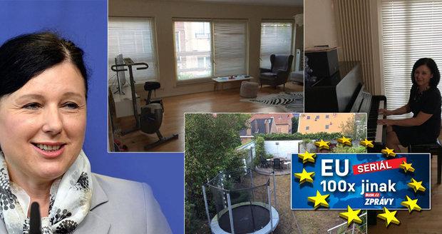 Podívejte se: Nejmocnější Češka v EU ukázala dům. S Jourovou bydlí dvě studentky