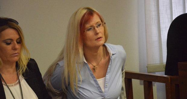 Brněnští lékaři ji připravili o hlas: Za zničené zdraví vysoudila jen omluvu!