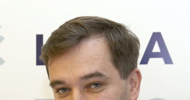 Moderátorem předávání Slavíků bude letos Ondřej Sokol.