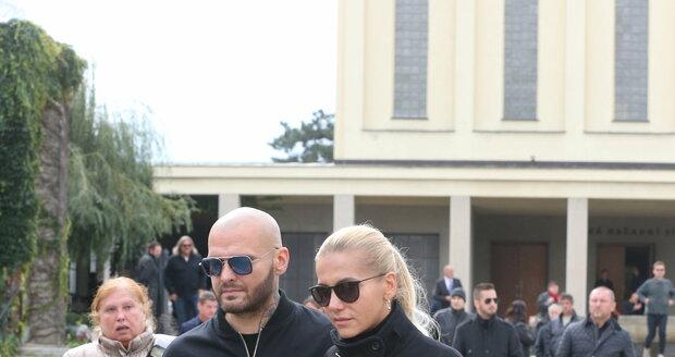 Pohřeb Evy Skallové, manažerky Dary Rolins
