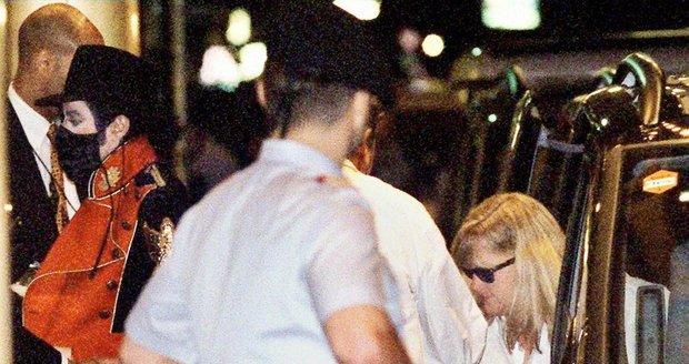 Debbie doprovázela Jacksona na jeho turné – foto z roku 1997 z Vídně.