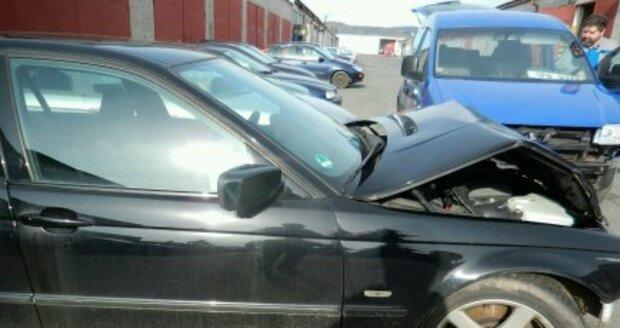 Takhle dopadlo BMW. Škoda se vyšplhala na 120 tisíc.