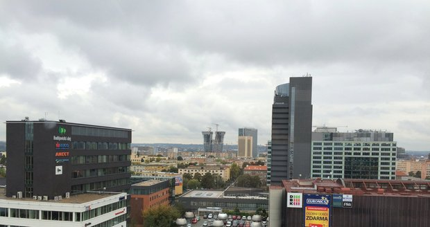Výhled na Prahu 4 z okna kanceláře starosty
