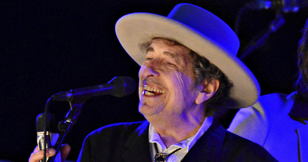 Nobelovu cenu za literaturu získal Bob Dylan. Akademie ocenila jeho texty