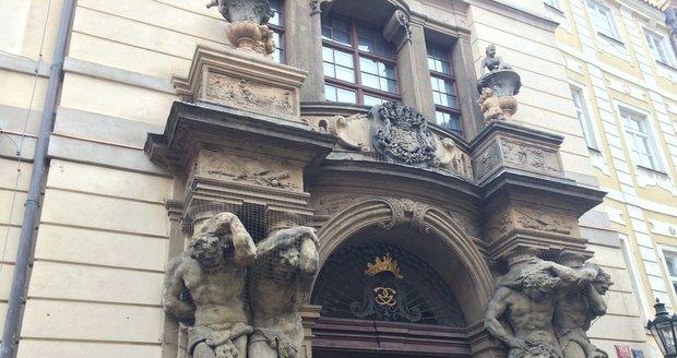 Clam-Gallasův palác.