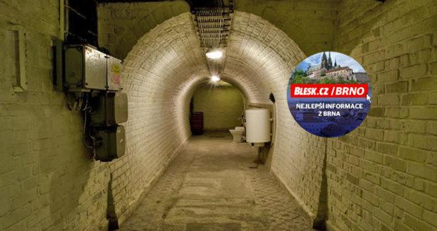 Protiatomový kryt v centru Brna měl sloužit pro špičky komunistického režimu . c9652635923