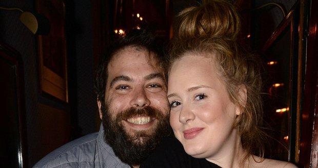 Adele se Simonem vychovávají syna Angela (3) a plánují další dítě...