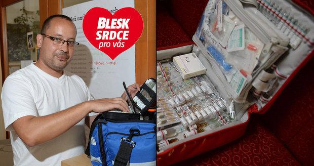 Šest let! Tak dlouho pracuje Pavel Klimeš (39) v mobilním hospici Cesta domů v pozici zdravotní sestry. Péči o umírající si vybral sám. Předtím byl zaměstnaný v nemocnici. Ale nebyl spokojený a hledal, jak jinak pomáhat lidem.