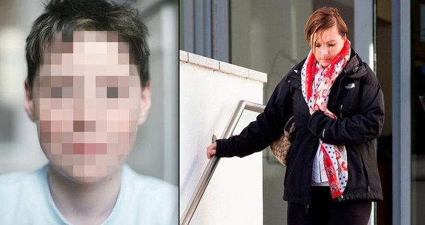 Vdaná učitelka (37) orálně ukájela žáka (15)! K sexu došlo na školním výletě