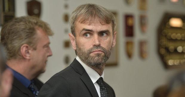 Bývalý elitní detektiv Šlachta odchází do civilu. Stál u kauzy Nagyová, končí náhle