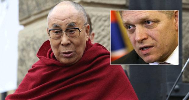 Kvůli dalajlamovi problémy i na Slovensku. Čína zrušila schůzku s Ficem