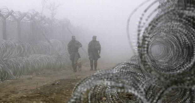 Nová balkánská trasa se zaplňuje. A Černá Hora chystá plot proti migrantům