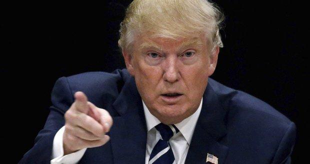 """Trump se vykoupil ze sporu o svou """"univerzitu"""". Studentům dal stamiliony"""