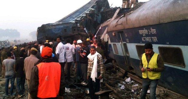 Vlakové neštěstí v Indii má už 133 mrtvých. Dalších 76 lidí bojuje o život