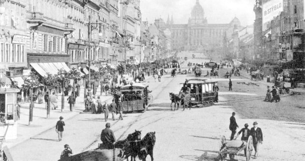 Koňská dráha na Václavském náměstí roku 1895
