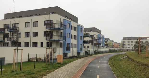 Cena nových bytů v Praze vzrostla o 23 procent. Zájem o koupi raketově klesá