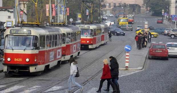 Mezi Klárovem a zastávkou Chotkovy sady nepojedou o víkendu tramvaje.