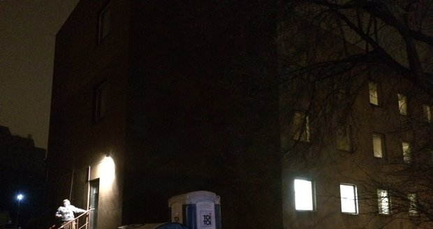 Noclehárna Vackov je pro bezdomovce otevřena každou noc od 20 15 do 7 hodin  ráno b4de3bd30f