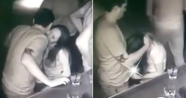Videa pro sexuální večírky