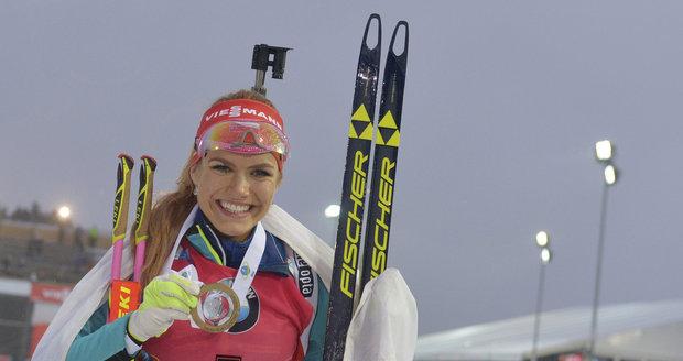 Šťastná zlatá medailistka z Nového Města na Moravě Gabriela Koukalová