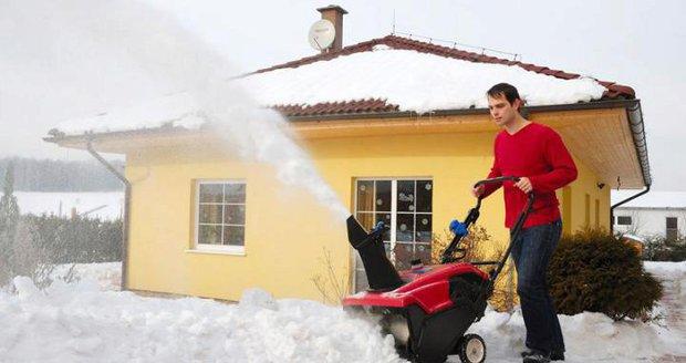 Sněhová fréza Toro Quick Clear CCR 6053 R