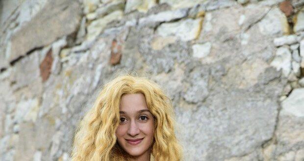Marta Dancingerová coby princezna Čirá Radost v pohádce Slíbená princezna