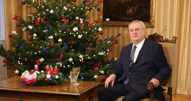 """Zeman varoval před Koniášem, uprchlíky i """"pornohercem"""". Neopomněl ani EU"""