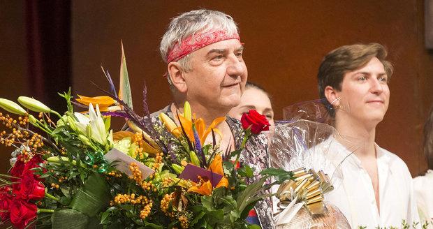 Miroslav Donutil se loučil s inscenací Sluha dvou pánů.