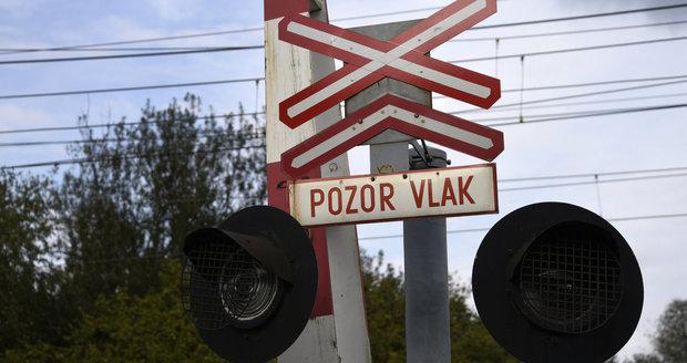 Mezi Krčí a Braníkem usmrtil během čtvrtečních večerních hodin vlak muže. (ilustrační foto)