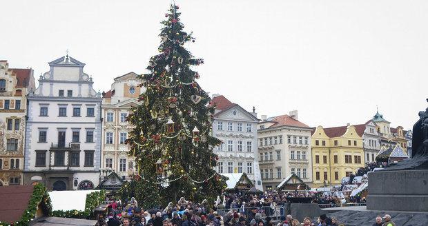 Počasí během vánočních svátků přinese do Prahy sněhové přeháňky a převážně oblačno.