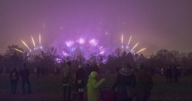 Novoroční ohňostroj v Praze nebude tichý: Radní variantu zvažovali kvůli zvířatům