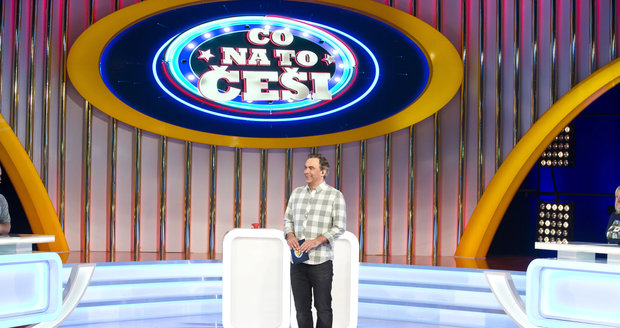 Tomáš Matonoha coby moderátor soutěžního pořadu Co na to Češi