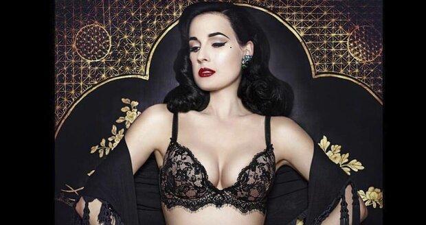 Dita Von Teese: Královna burlesky, která chtěla být odmalička striptérkou