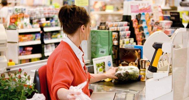 Velikonoční nákupy v řetězcích jsou jen do neděle. Pak hledejte záchranu online