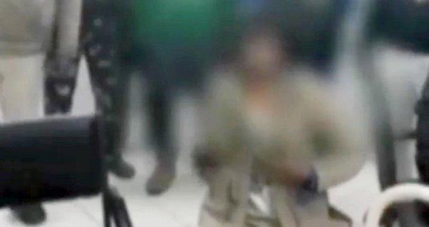 Ředitel a 3 učitelé hromadně znásilnili postiženou dívku (12): Násilný útok málem nepřežila