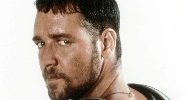 Australský herec Russell Crowe zazářil v oscarovém snímku Gladiátor.